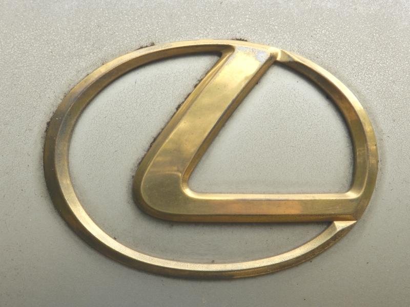 https://rtopics.com/images/L/Lexus9318-W800H600.jpg